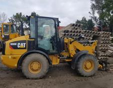 Caterpillar wheel loader 906 M