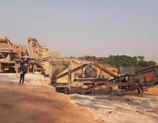 Constmach mobile crushing plant 150 tph CAPACITY MOBILE JAW + CONE + VSI CRUSHING PLANT